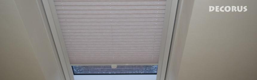Senčiloo za strešno okno